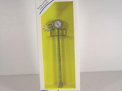 Viessmann 5082 Beleuchtete Bahnhofsuhr auf Gittermast 110mm LED weiß H0