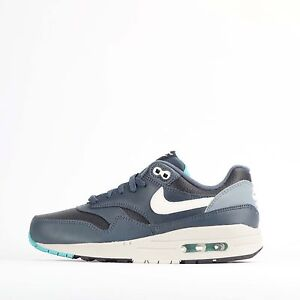 Bon CœUr Nike Air Max 1 Junior Youth Baskets Noir/ivoire-afficher Le Titre D'origine