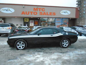 2011 Dodge Challenger 2dr Cpe SXT 4 extra winter tires on rims