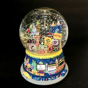 Broadway-Cares-Times-Square-2000-ONLY-AT-BLOOMINGDALE-039-S-Snowglobe-Musical-NYC