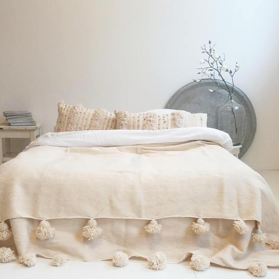 MGoldccan Blanket Wool Blanket Pom Poms Blanket,Berber Blanket