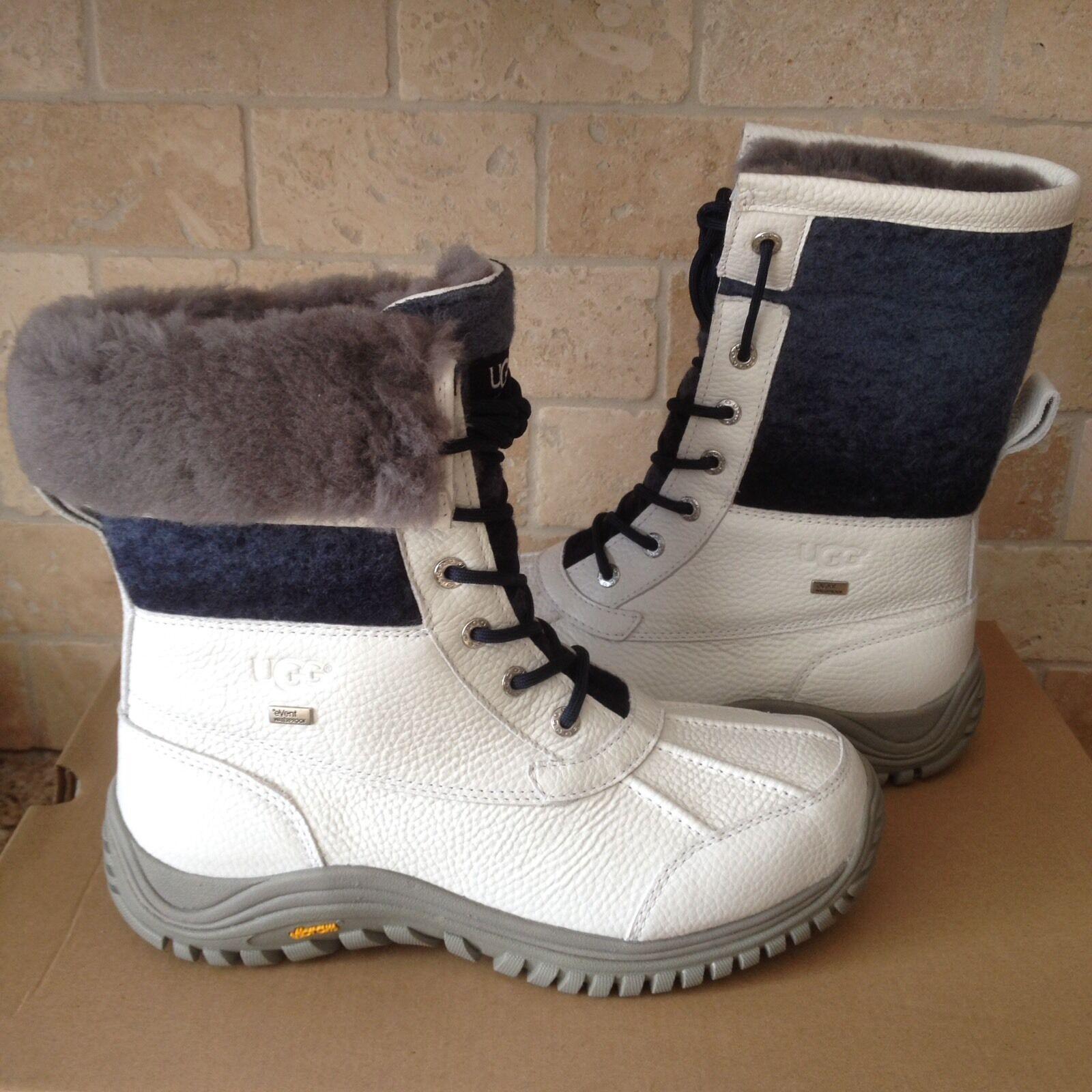 Bottes de neige UGG Adirondack II en laine imperméables blanches et bleues en cuir à la taille 9,5 pour femmes