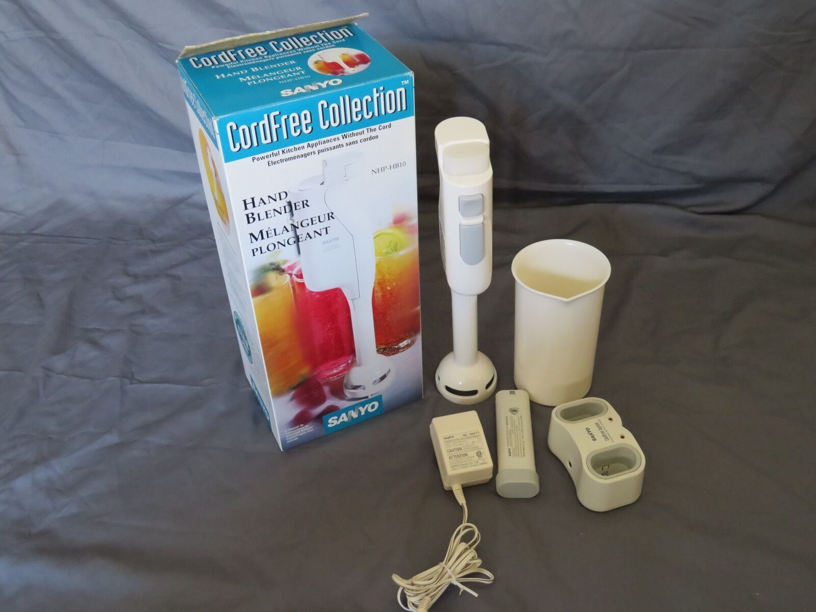 Sanyo Cord libre Collection Blanc Handheld immersion Blender mixeur NHP-HB10