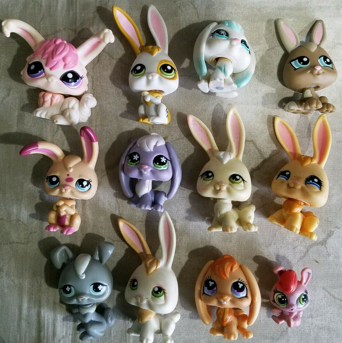 12 Littlest Pet Shop Shop Shop Bunnies Easter Bunny Rabbit 80d6b4