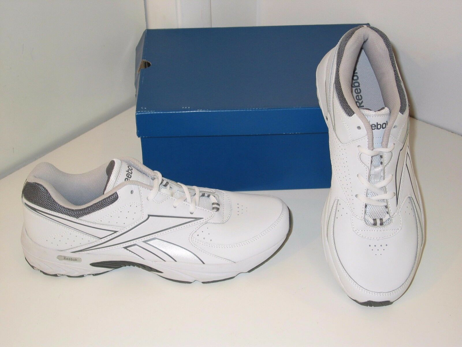 Reebok Walk Walk Walk Around Walking Training Weiß Leather Turnschuhe schuhe Mens 11 02f7f2