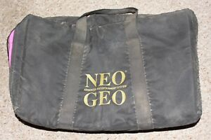 Neo-Geo-AES-Pink-Black-Carrying-Case-Official-Padded-RARE