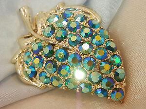 Sparkling-Vintage-50-039-s-Blue-AB-Rhinestone-Silver-Tone-Strawberry-Brooch-WOW-95M7