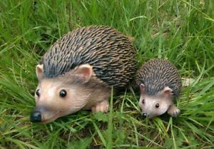 2pc-Realistic-Resin-Hedgehog-Family-Garden-Ornaments-Animal-Small-Large-Statues