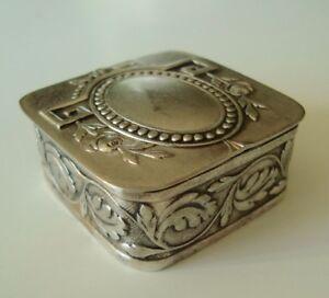Ravissante ancienne boîte à pilules