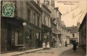 CPA-Bourgueil-Rue-des-Halles-611880
