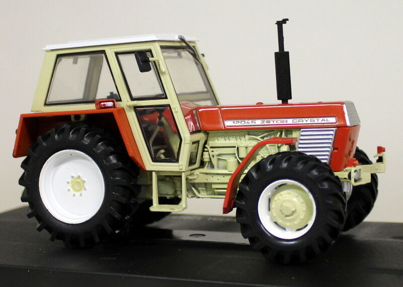UH 1 32 scale 4949 Zetor Crystal 12045 Musée Edition MODELE Model tractor