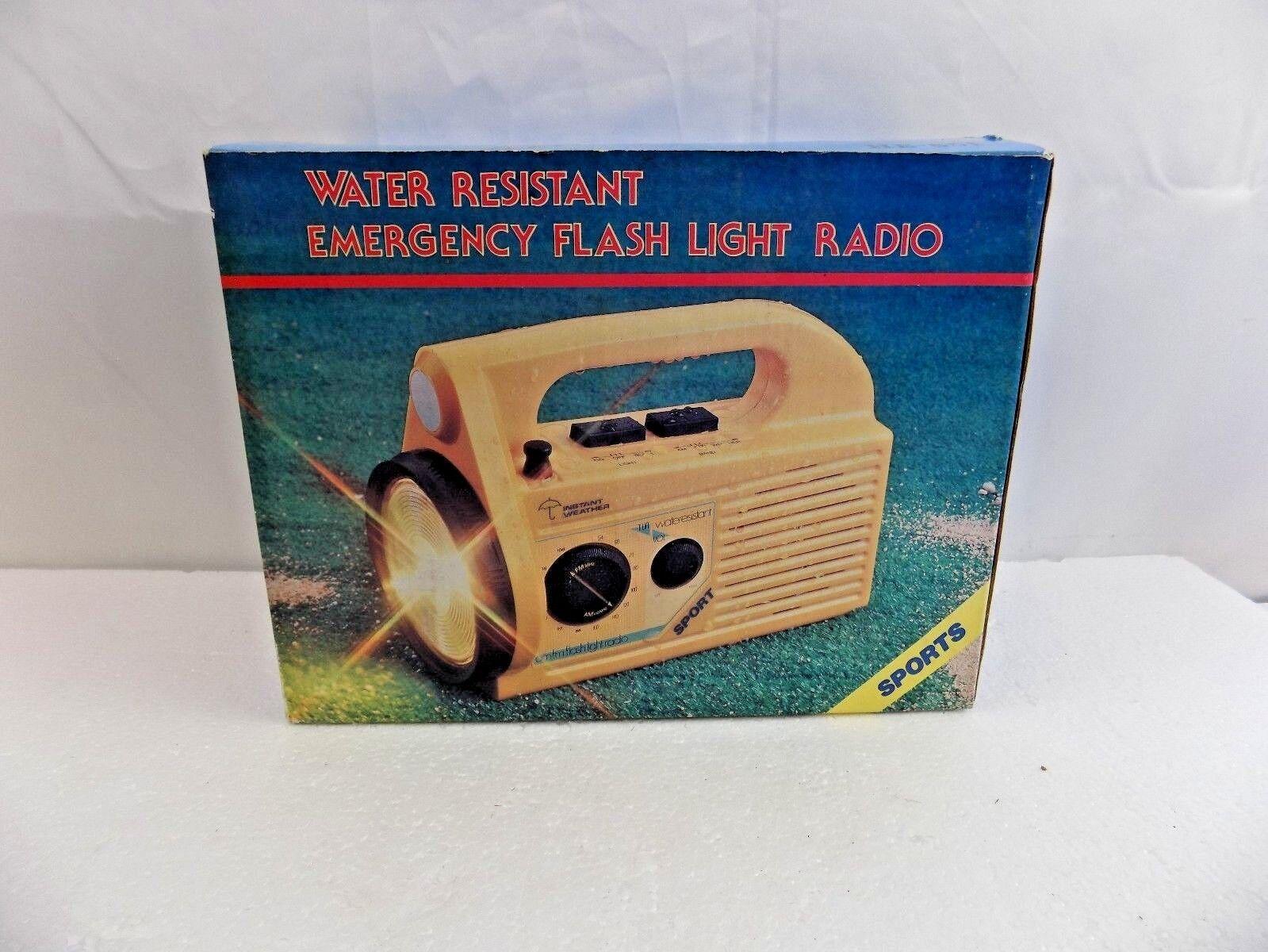 WATER RESISTANT EMERGENCY FLASH LIGHT RADIO - BY HOPESONIC MODEL  HE-851   BOX