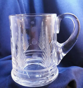 Lead-Crystal-Cut-Glass-Vintage-Tankard-Fern-and-Dimples-Pattern-Ground-Base