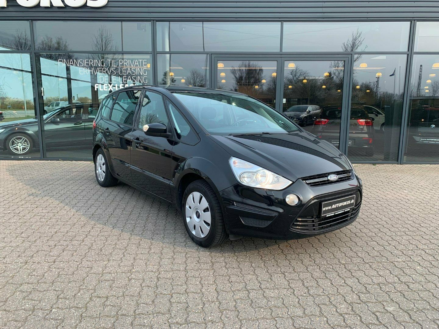 Ford S-MAX 2,0 Trend 7prs 5d - 139.900 kr.