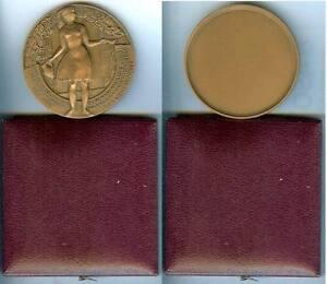 Medaille-de-table-BAUCHAMP-Val-d-039-Oise-hommage-Louis-Bousquet-ancien-combattant