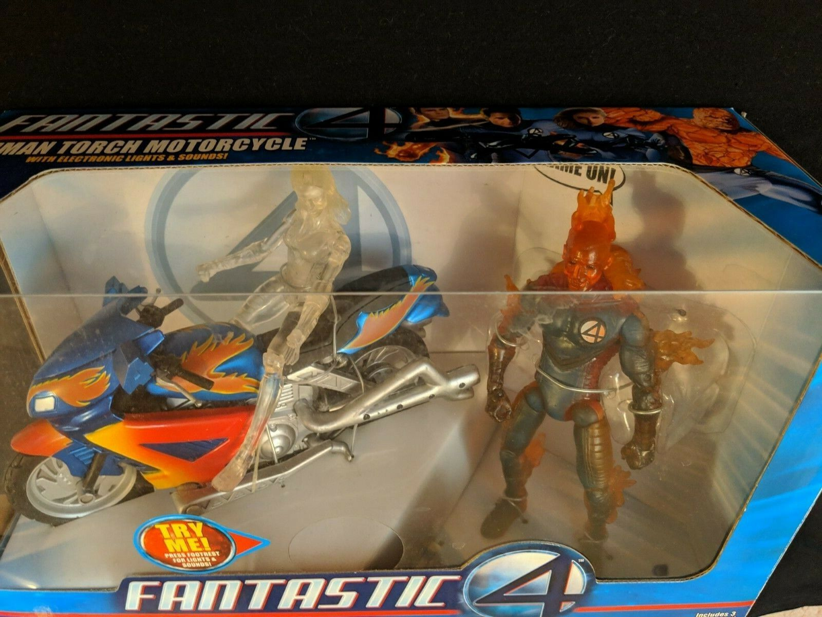 Marvel Legends fantastic 4 Human Torch Motor Cycle plus Invisible girl chase