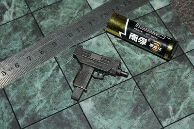 """Hottoys HT MMS466 1//6th The Matrix NEO Arms gun Model B For 12/"""" Figure"""