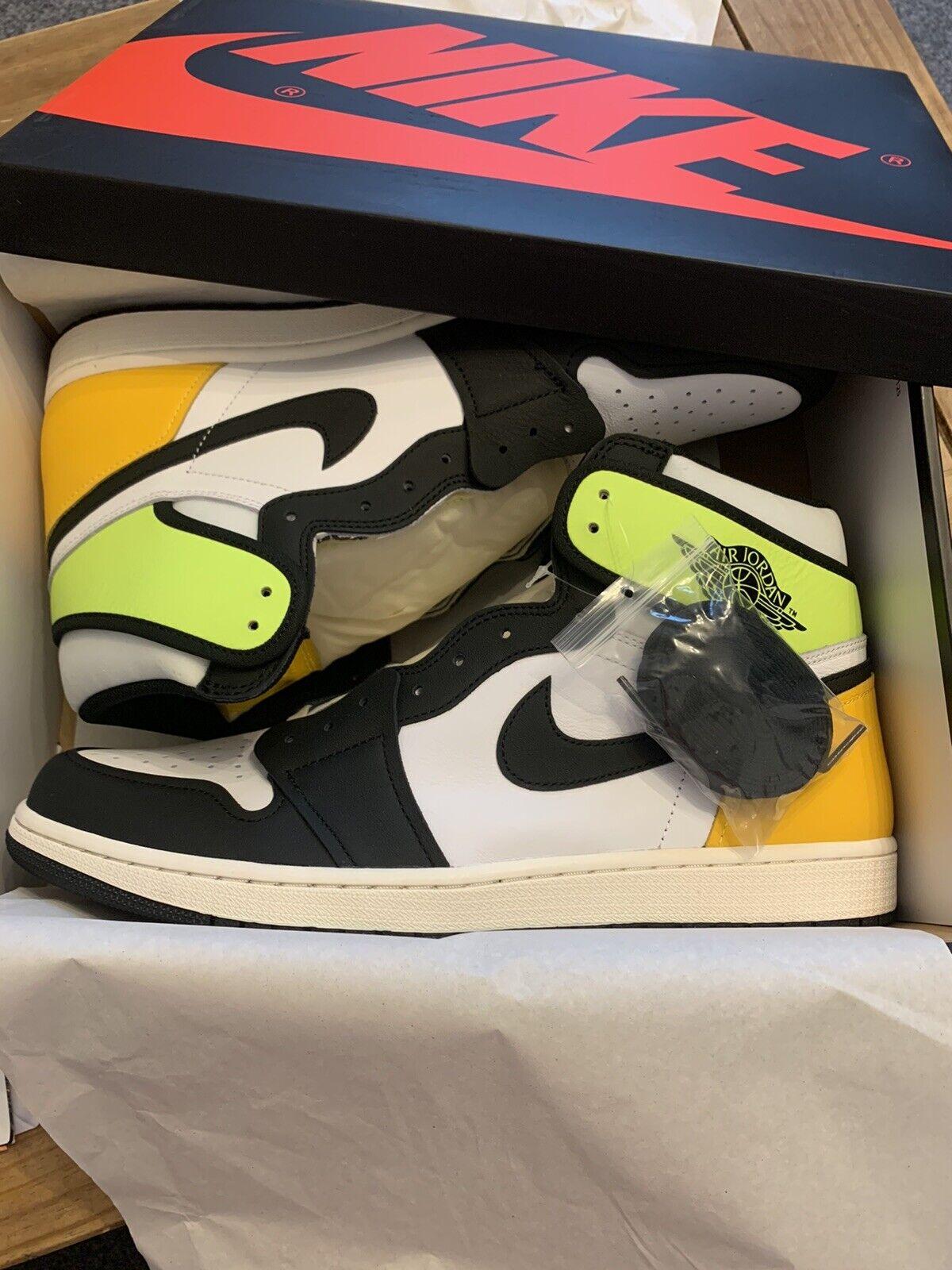 Jordan 1 Retro High OG Black White Volt Yellow Size UK 14