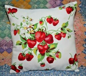 Throw-Pillow-From-Wilendur-Red-Strawberries-Farmhouse-Mid-Century-Tablecloth