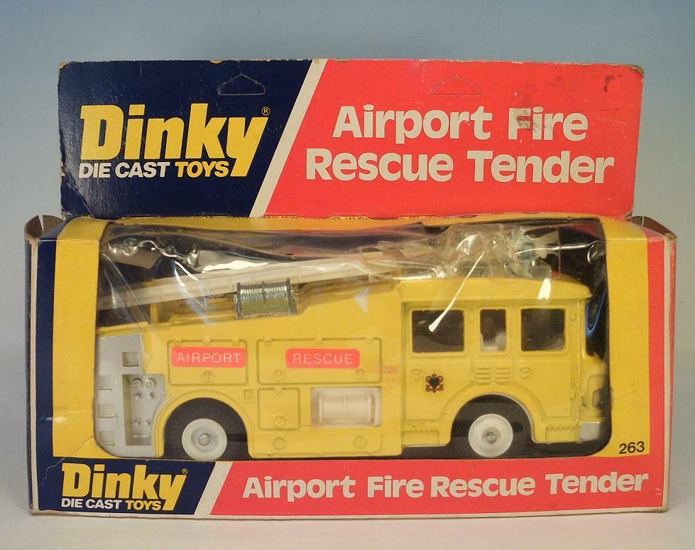 Dinky Toys 263 Airport Fire Rescue Tender yellow OVP