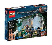 4192 FOUNTAIN OF YOUTH pirates of the caribbean LEGO legos set NISB sealed box
