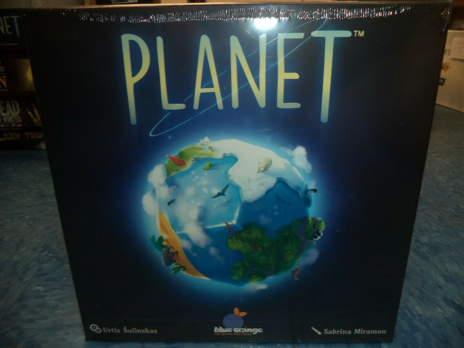 Planet - bluee orange Games Family Board Game New