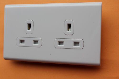 Box 5 x Deta 8636WHW White Screwless Unwitched 2G Double Plug Socket 13A