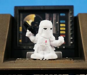 Hasbro-Star-Wars-Fighter-Pods-Micro-Heros-Snowtrooper-Commander-Figure-K821