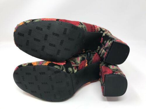 BX7 Vail Black Bouquet Ankle Boots Womens Mia GG1791