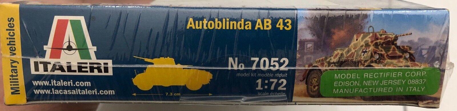 Italeri 1:72 7052 Autoblinda AB 43 NEU!