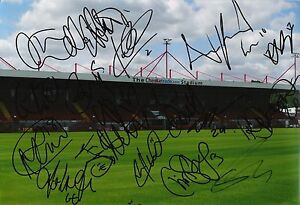 A-12-x-8-inch-photo-personally-signed-by-18-of-the-Crawley-Town-squad-22-08-2015