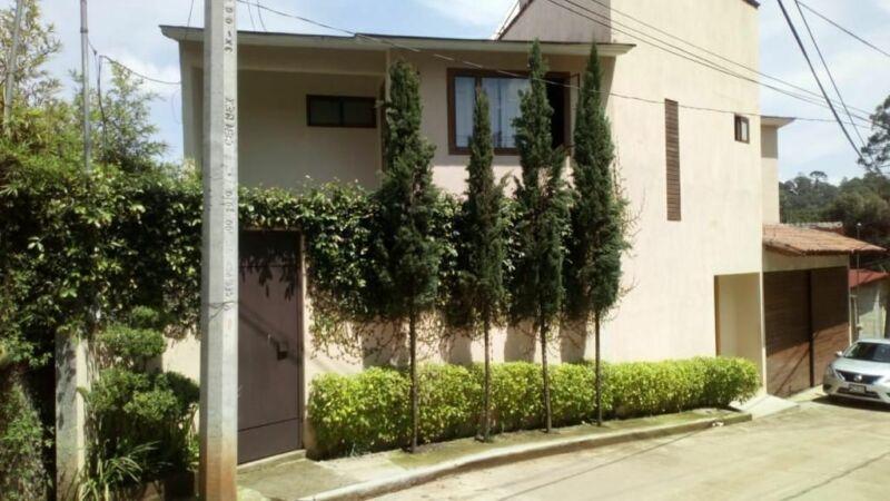 Casa en venta en Circuito Avandaro, Valle de Bravo
