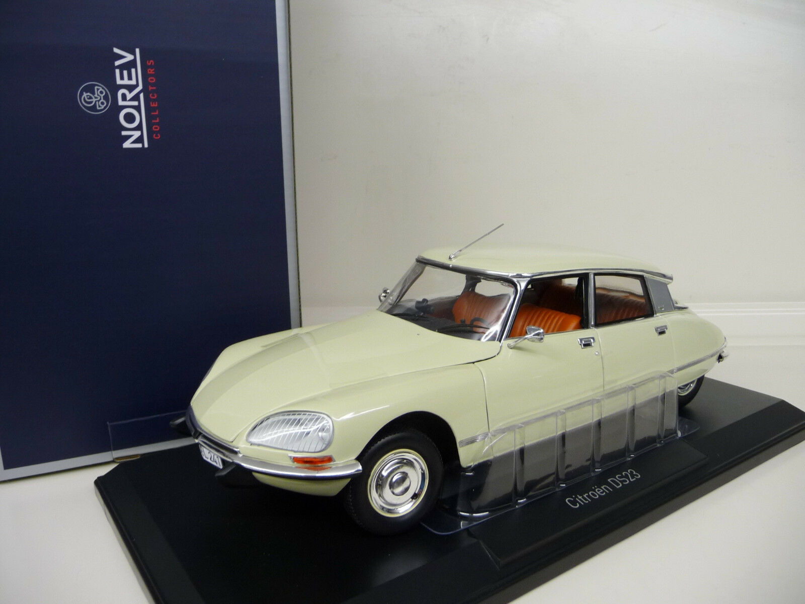 Citroen DS23 Pallas ivory Norev 1 18 FREE SHIPPING worldwide