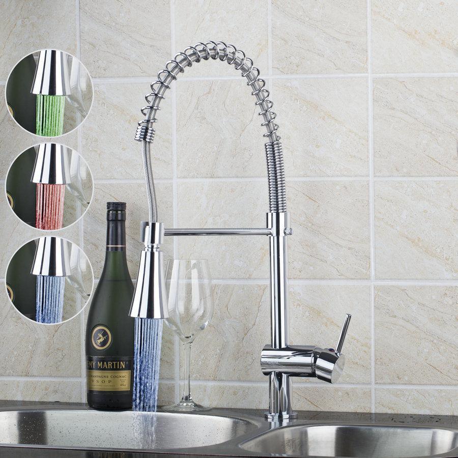 DEL Pull Down Bec Spary Cuisine évier bassin chromé Robinet Mélangeur pivotant robinets