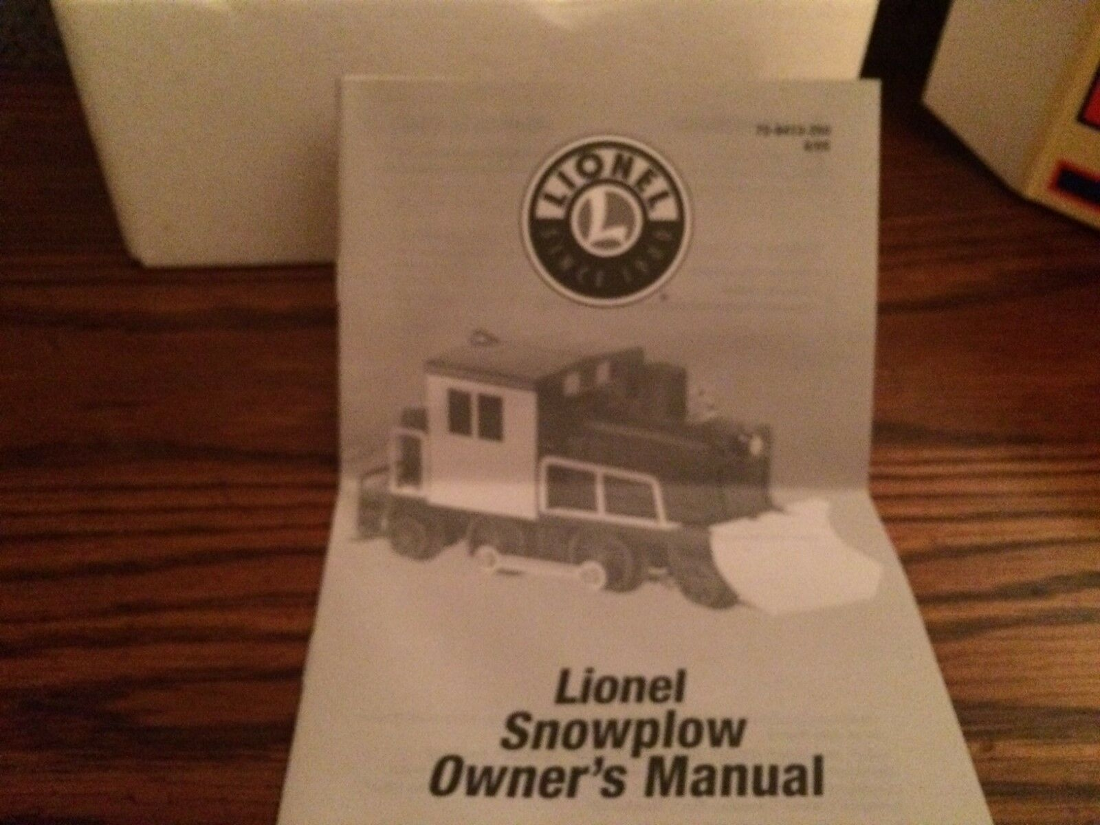 Lionel 28413 Milwaukee Road Snowplow Motorized Unit Unit Unit New in Box 812323