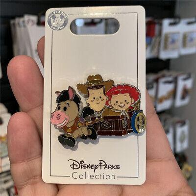 SHDR Disney Pin 2019 chip dale birthday Apr shanghai disneyland exclusive