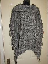 BNWT GREY BLACK FLUFFY PONCHO CARDIGAN - PLUS Size 18 / 20