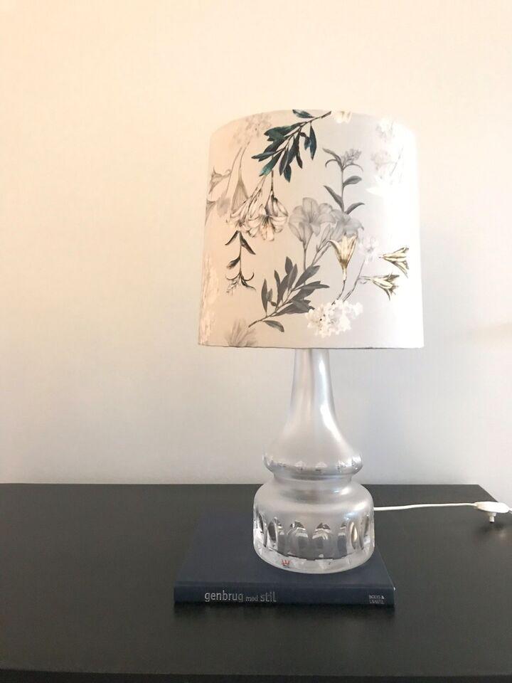 Anden bordlampe, Kosta Sweden