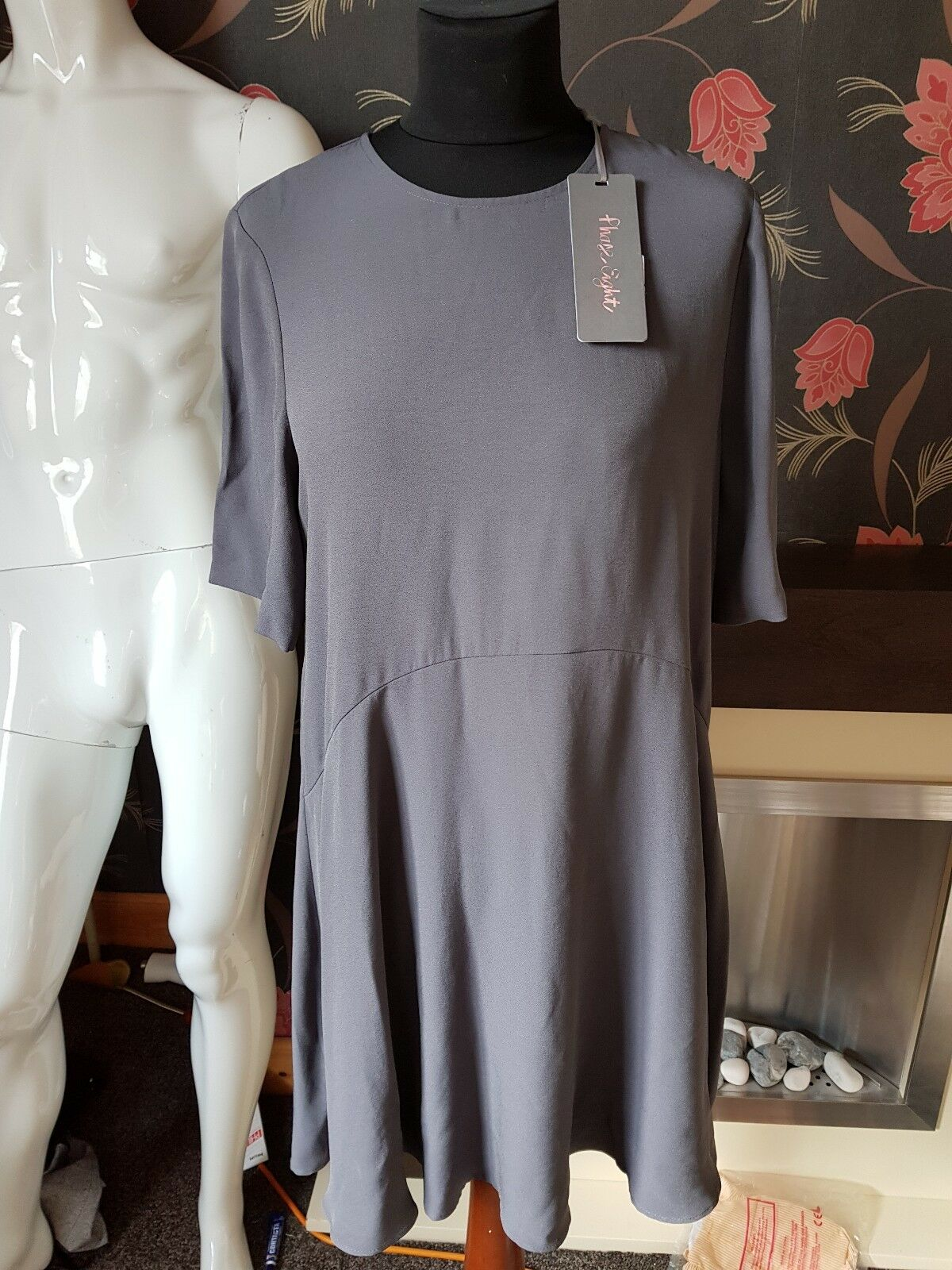 PHASE EIGHT CHARCOAL ZOLA SWING DRESS SIZE    Tag Price