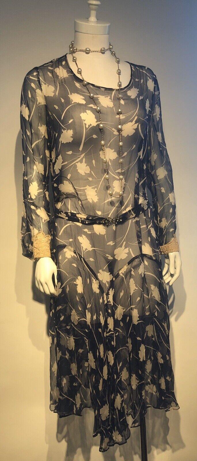 1920's Printed Silk Chiffon Dress  - image 2