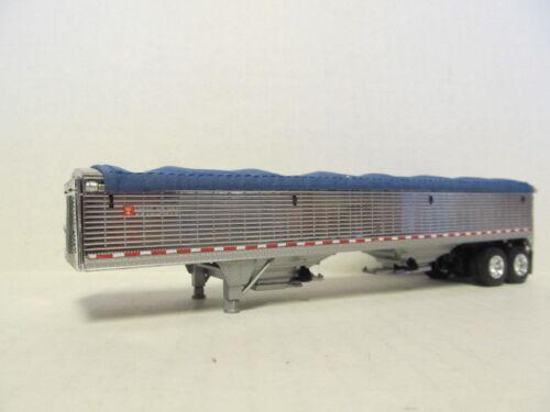 CHROME SIDES WITH BLUE TARP DCP 1//64 SCALE WILSON GRAIN TRAILER HOPPER BOTTOM