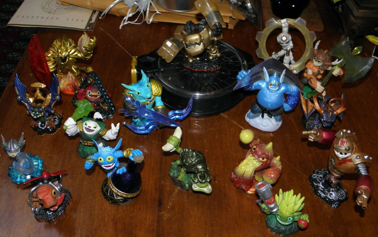 Skylanders PS3 Super Collection Lot of 17 Figures Crystals with Control Pad