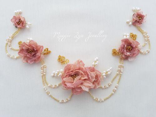 Bridal coiffure en Rose Blush & or, tête pièce Déclaration Fleur Couronne rideaux