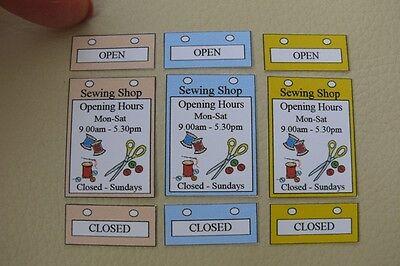 fermé signes-SG 1//12 maison de poupées-boutique de couture ouvert