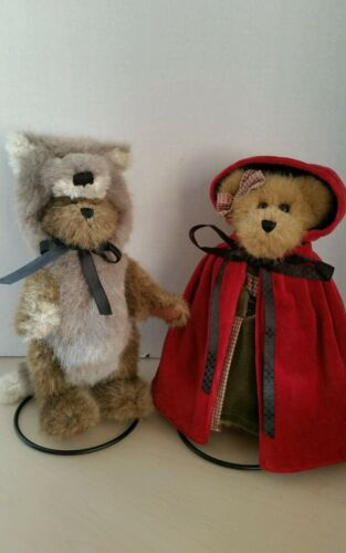 Boyds Bears little red riding hood and wolf with stand