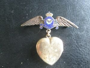 WWII-Royal-Canadian-Air-Force-Gold-Filled-Wings-and-Locket-w-Photos