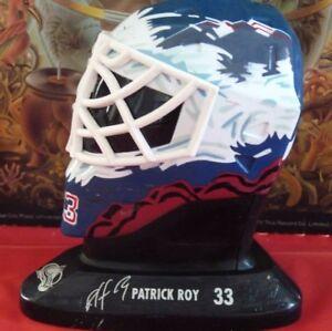 Patrick-Roy-Colorado-Avalanche-Goalie-Mask-Hockey-Helmet-Ornament