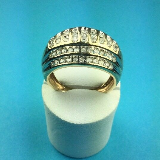 REDUCED  Unisex 14 Kt Yellow gold Diamond Ring. TDW 1.30 Ct. Size 8 1 2