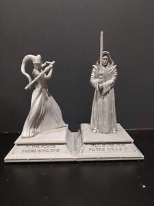 ONE-Disneyland-Star-Wars-Galaxy-s-Edge-Jedi-Figurine-New-In-Box-Rare