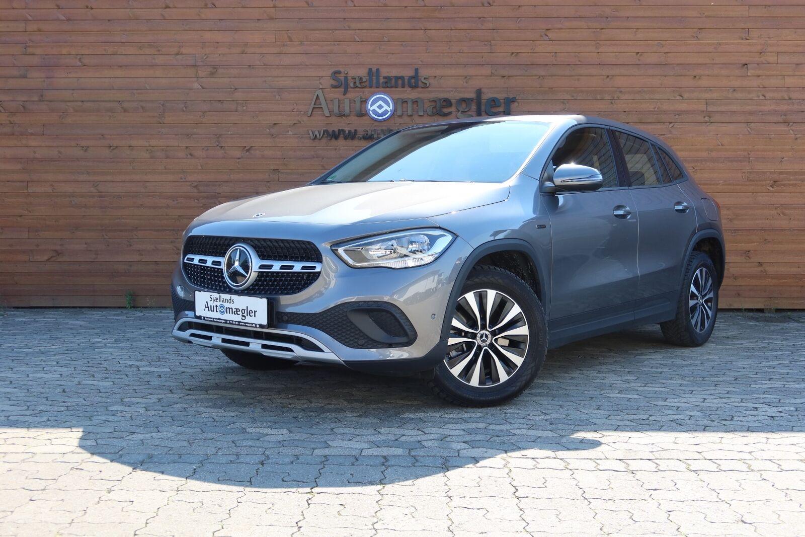 Mercedes GLA250 e 1,3 Progressive aut. 5d